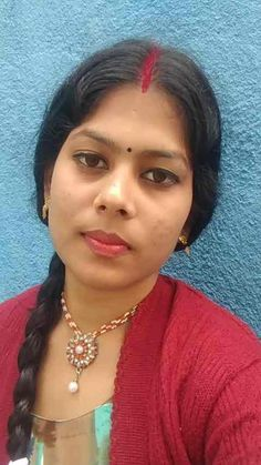 Deepti Singh has just created an awesome short video Beautiful Women Over 40, Beautiful Girl In India, Beautiful Blonde Girl, Beautiful Girl Photo, Beautiful Indian Actress, Long Indian Hair, Dehati Girl Photo, Indian Natural Beauty, Indian Girl Bikini
