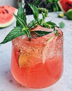 Summer Cocktails, Cocktail Drinks, Alcoholic Drinks, Beverages, Bartender Drinks, Fancy Drinks, Drinks Alcohol, Gin Recipes, Coctails Recipes