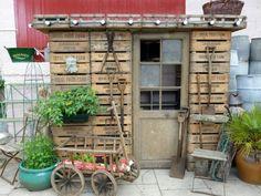 Урожай Английский сарае цветы, растения и цветочные горшки Ангары, Хижины & Tree Houses