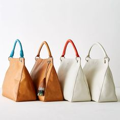 Marvelous Make a Hobo Bag Ideas. All Time Favorite Make a Hobo Bag Ideas. Best Handbags, Hobo Handbags, Purses And Handbags, Popular Handbags, Spring Handbags, Hobo Purses, Cheap Handbags, Handbags Online, Luxury Handbags