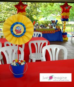 Tom and Jerry party table decor 1st Birthday Decorations, Birthday Party Centerpieces, Birthday Party Tables, 6th Birthday Parties, Table Decorations, Elsa Birthday, Diy Birthday, Tom Y Jerry, Second Birthday Ideas