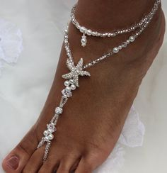 Created with jewelry elastic, rhinestone balls, rhinestone starfish, Czech glass pearls, Czech silver lined glass beads and ab Swarovski crystals. If you have any questions, please feel free to contact me THESE ARE AN ORIGINAL DESIGN OF SUBTLE EXPRESSIONS; BE RESPECTFUL, DO NOT