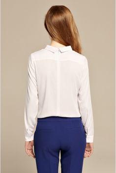 Biała koszula minimalistyczna