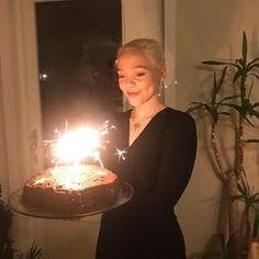 Hannah Norfleet (@h.norfleet) • Instagram photos and videos Birthday Candles, Photo And Video, Videos, Photos, Beauty, Instagram, Pictures, Beauty Illustration