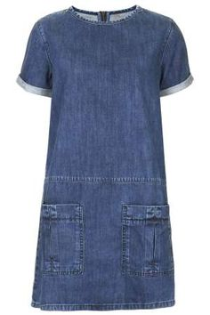 MOTO Utility Denim T-Shirt Dress - What a great dress, suitable for many ages! (idea: use new denim to create dress.upcycle denim jeans for pockets and trim around sleeve and neckline) Alexa Chung, Jeans Dress, Shirt Dress, Denim Dresses, Denim T Shirt, Tee Shirt, Denim Jeans, Estilo Jeans, Jean Outfits