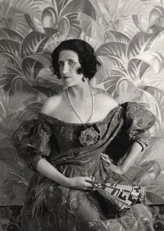 Lady Ottoline Morrell, * by Cecil Beaton, 1927 Lady Ottoline Morrell * (1873-1938), aristocrat, society hostess and arts patron was remarkable for her generosity, her outlandish appearance and the legendary parties she threw at her house in Bloomsbury's Gower Street.