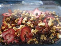 Homemade Strawberry Apple Fruity Loose Tea How to make a fruity apple strawberry loose leaf tea using your own dried fruits and dried herbs. Delicious and healthy for the entire family! Homemade Tea, Fruit Tea, Dehydrator Recipes, Tea Blends, How To Make Tea, Tea Recipes, High Tea, Drinking Tea, Healthy Drinks