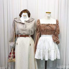 แฟชั่นสไตล์เกาหลี ต้อนรับฤดูใบไม้ร่วง สายเกาต้องเลิฟ Kpop Fashion, All Fashion, Cute Fashion, Fashion Sets, Fasion, Korea, Bell Sleeve Top, Cute Outfits, Clothes