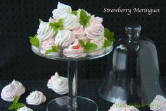 Kissing Strawberry Meringues @Chris @ The Café Sucré Farine