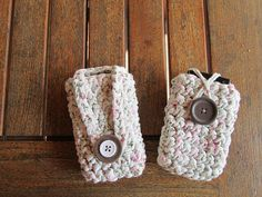 Telephone cases made by Maaike, posted on Hoooked hyves.nl