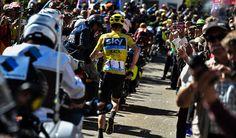 TOP 5 BICICLETAS DE CARRETERA: Froome persigue a sus oponentes corriendo a pie