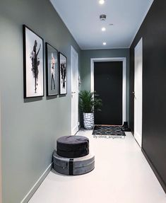 Likes, 64 Kommentare - Olivi Likes, 64 Kommentare – Olivia Ang. Home Living Room, Living Room Designs, Living Room Decor, Bedroom Decor, Flur Design, Hall Design, Hallway Decorating, Entryway Decor, Hallway Inspiration