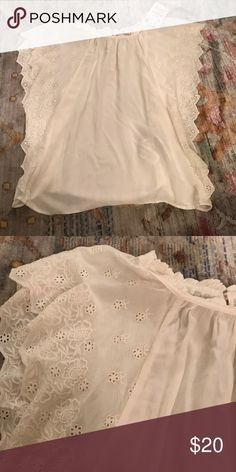 Zara Trafaluc Blouse Beautiful white lace top from Zara. Never worn, with tags. Zara Tops Tank Tops