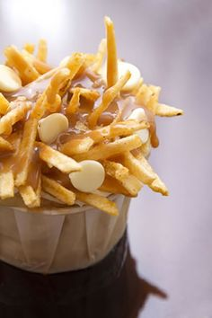 Quick and Easy Poutine Recipe for Cupcakes (Chocolate cake covered in pound cake 'fries', caramel sauce and white chocolate chips) | Decadent Dessert Recipes