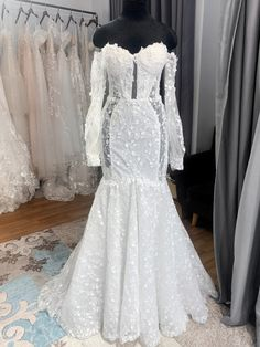 Mermaid Wedding Dress With Sleeves, Mermaid Gown, Custom Wedding Dress, Dream Wedding Dresses, Fishtail Skirt, Dress Silhouette, Floral Lace, Evening Gowns, Bridal Gowns