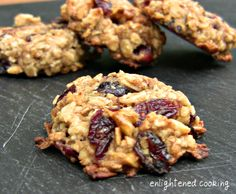 Sugar-Free, Gluten-Free, Egg-Free Oatmeal Cookies with Cinnamon, Walnuts and Cranberries