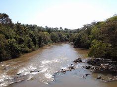 Atravessando a ponte sobre o Rio Atibaia.
