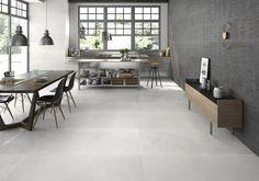 Op zoek naar een mooie, tijdloze en lichte tegelvloer? Doe hier je inspiratie op en onze tegeladviseurs in onze showrooms in Leiden en Capelle aan den IJssel vertellen je er graag alles over! #licht | #tegelvloer | #vloertegels | #wit | #ecru |#beige Flooring, House Design, New Homes, Home, Industrial Interiors, Interior, Stone Tile Flooring, Grey Flooring, Home Decor