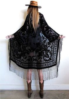 total bohemian babe goodness with a vintage vibe. Black on black velvet burnout with fishnet fringe dripping down the front, all along bottom, and sleeves!So many ways to wear dressed up or down, a truly timeless and effortless pie Hippie Mode, Hippie Style, Bohemian Style, Boho Chic, Bohemian Fashion, Bohemian Baby, Gypsy Style, Fashion Mode, Look Fashion