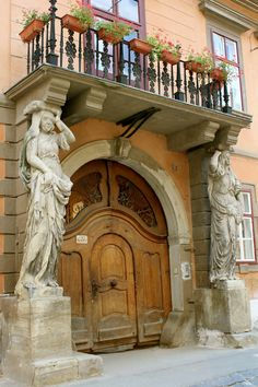 In Sibiu, European capital of culture in2007, Romania. www.romaniasfriends.com