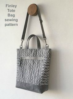 Tote bag sewing pattern. The DIY tote bag to sew, Finley Tote Bag from Sotak, is an intermediate level tote bag to sew, with clip on adjustable strap and great pockets inside and out. A top zipper closure finishes off the bag. This easy tote bag to sew is ideal for confident beginner sewers to try. #SewModernBags #SewABag #BagSewingPattern #SewAToteBag #ToteBagSewingPattern