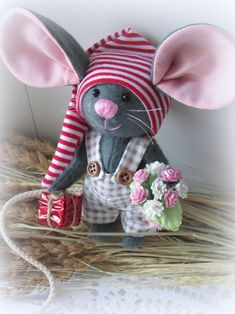 Ideas for sewing patterns free animals english - Her Crochet Mouse Crafts, Felt Crafts, Fabric Crafts, Sewing Crafts, Sewing Projects, Christmas Crafts, Diy Crafts, Sewing Patterns Free, Doll Patterns