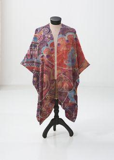 This sheer kimono-style wrap comes to the knee and drapes beautifully over a swimsuit or summer dress. Perfect for festivals or the beach. Vida Design, Summer Outfits, Summer Dresses, Beautiful Morning, Clothing Labels, Kimono Top, Kimono Style, Kimono Fashion, Paisley