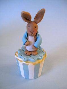 Cakes By Jacques - Beautiful Bespoke Cakes, Biscuits and Cupcakes: Beatrix Potter Inspired Cupcakes