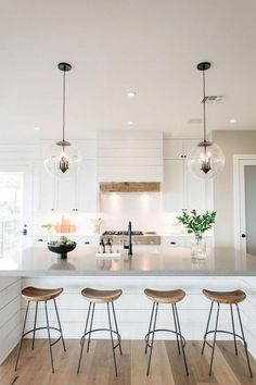 If you are looking for Modern Farmhouse Kitchen Island Decor Ideas, You come to the right place. Below are the Modern Farmhouse Kitchen Isl. Farmhouse Kitchen Island, Kitchen Island Decor, Modern Farmhouse Kitchens, Modern Farmhouse Style, Home Decor Kitchen, Home Kitchens, Kitchen Ideas, Kitchen Images, Kitchen Modern