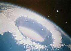 ABRI ODJU: E se a terra fosse oca?