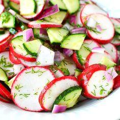 Cucumber Tomato Salad, Radish Salad, Crab Salad, Caprese Salad, Salad Recipes, Diet Recipes, Cooking Recipes, Healthy Recipes, Side Dish Recipes