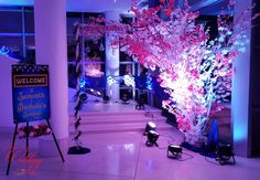 A reliable Wedding planning Mumbai for your wedding occasion contact us today to get free quotation for your budget wedding planning Mumbai Decor Wedding, Budget Wedding, Wedding Decorations, Hotel Lobby, Wedding Planners, Hyderabad, Indian, How To Plan, Marriage Decoration