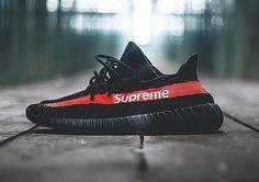 chaussure-supreme-new-york-x-adidas-yeezy-boost-350-v2-black-1