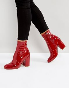 Buy Steve Madden Gaze Ankle Boots at ASOS. With free delivery and return options (Ts&Cs apply), online shopping has never been so easy. Get the latest trends with ASOS now. Buy Shoes, Me Too Shoes, Latest Fashion Clothes, Fashion Shoes, Fashion Online, Fashion Fashion, Fashion Dresses, Fashion Jewelry, Narrow Shoes