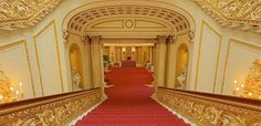 Buckingham Palace: Get an access all areas virtual tour of the Queen's residence