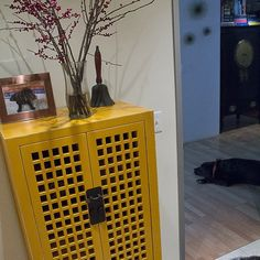 @asid_hq  #spacematters  #wid2014 , this space matters b/c it's where I read my AD every morning ;). Asian yellow chest w/Barclay at 6mos and 6y/o.  #interiordesign  #asiandesign  #home  #bat | @erikgarciadesign