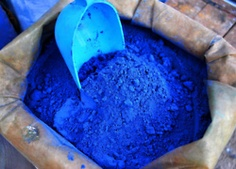 I really like this color of blue... very bright!