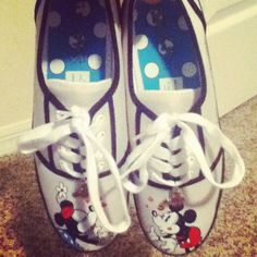 My Disney Shoes (: Mickey Mouse Outfit, Disney Shoes, For Your Eyes Only, Disney Merchandise, Only Fashion, Disney Magic, Cute Shoes, Disneyland, Baby Shoes