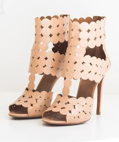 ALAIA HEELS: Love it