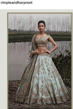 Follow me sreeshreyaa Asian Wedding Dress, Indian Wedding Outfits, Bridal Outfits, Indian Outfits, Bridal Dresses, Indian Bridal Lehenga, Pakistani Bridal Wear, Engagement Dresses, Indian Engagement Outfit