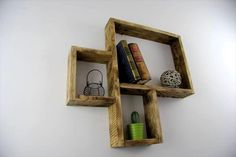3D Style Pallet Wall Shelves at No Cost   99 Pallets