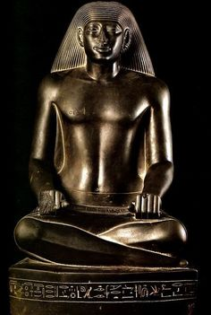 Statue of scribe Nespaqashuty. Ancient Egyptian Artifacts, Ancient Egypt Art, Old Egypt, Ancient History, European History, Ancient Aliens, Ancient Greece, Kemet Egypt, The Bible Movie
