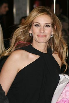 Julia Roberts- beautiful as ever (with a pink streak in her hair!)