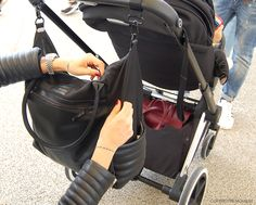 Bag and Jacket Leather details - Priam Platinum Cybex Stroller - www.momeme.it