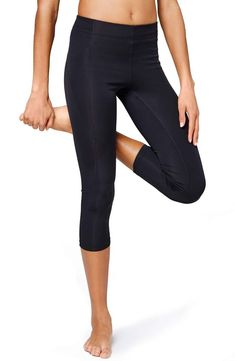 497a35ff5 ...  clothing  shoes  accessories  womensclothing  leggings (ebay link).  Grayce Futral · Leggings · Ivy Park  V  Mid Rise Three-Quarter (3 4)  Leggings