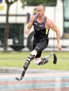 "Oscar Pistorius, South Africa's ""Blade Runner,"" did not advance to the 400-meter final after excelling in qualifying on Saturday."