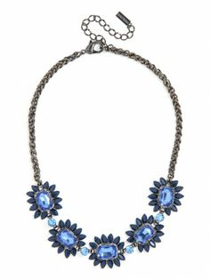 check out this stunning sapphire floral necklace