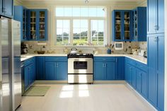 New kitchen country blue cabinets 58 Ideas Blue Kitchen Cabinets, Painting Kitchen Cabinets, Grey Kitchens, Cool Kitchens, Colorful Kitchens, Kitchen Interior, Kitchen Decor, Kitchen Ideas, Kitchen Tips