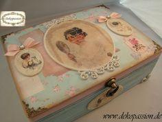 Mixed Media, Decoupage, Scrapbook Make Up Box