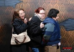 Faces of fear: 30 amazing haunted house reactions